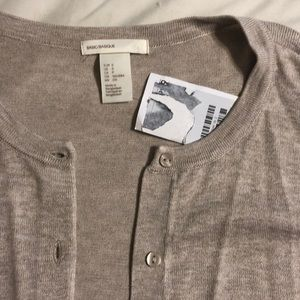 H&M beige cardigan. Size S. NWT